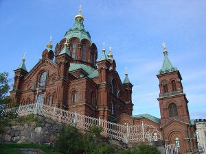 800px-Orthodox_cathedral_Helsinki